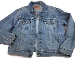 Levi's Standard Trucker Jean jacket medium